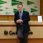 "Dr. Blanch in ""El Corte Inglés"" for his book ""¿Y si me opero?"" presentation."